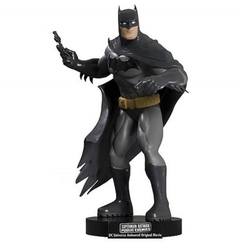 superman batman dvd batman maquette - batman maquette 800x800 - Superman Batman DVD Batman Maquette