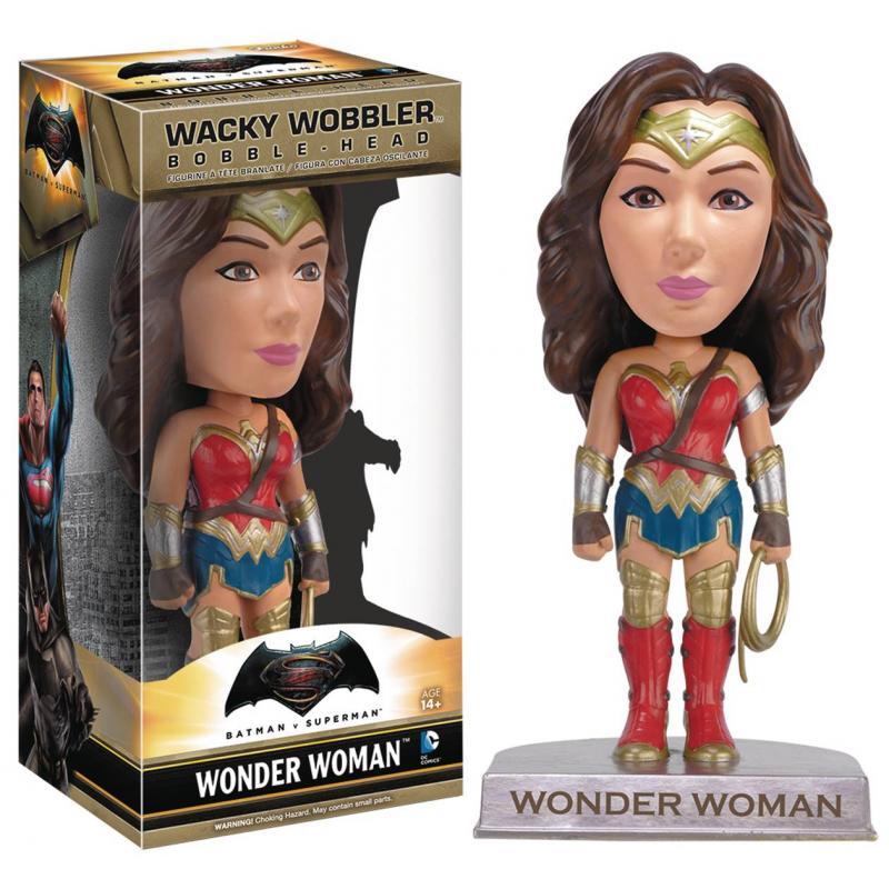 - STL002970 800x762 - BATMAN VS SUPERMAN WONDER WOMAN WACKY WOBBLER
